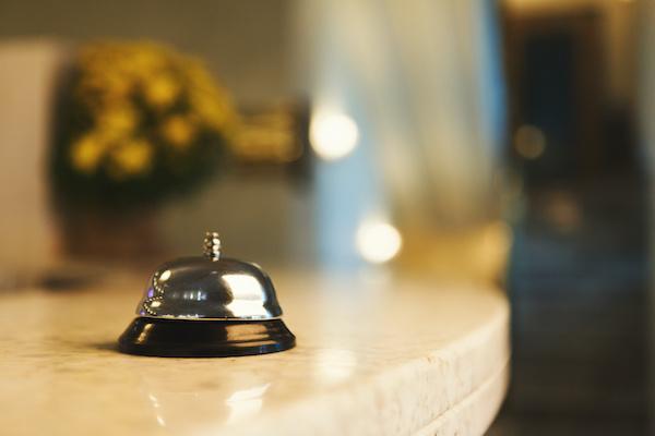 ホテルのフロント♪チェックインや問い合わせ対応!