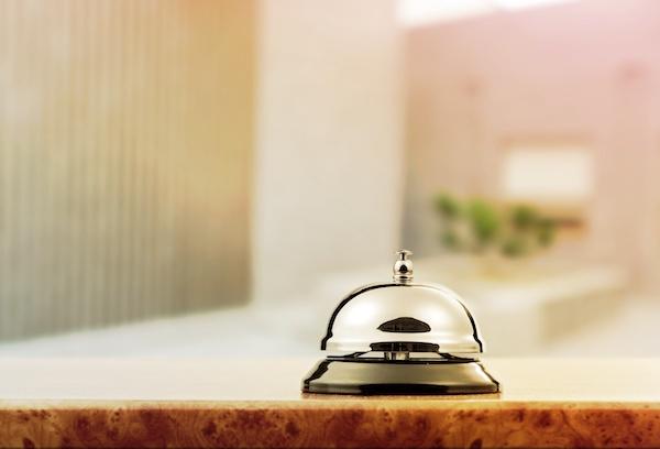 ホテルのフロント♪チェックインや問い合わせ対応!未経験歓迎